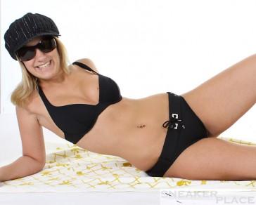 Huit Bikini schwarz mit Gürtel